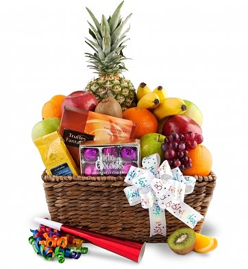 Fruit Flower Baskets on Happy Birthday Fruit Basket  Food   Fruit Baskets   A Delicious Basket
